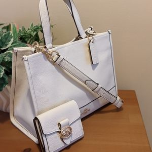 Coach Carryall and Wallet Set
